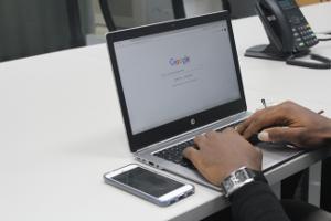Computer online