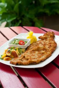 Schnitzelei Wiener Schnitzel